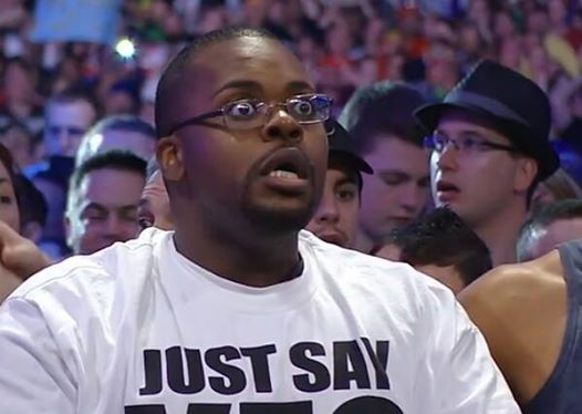 stunned-fan-at-wrestlemania