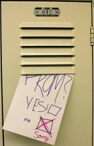 prom-rejrection-locker-note